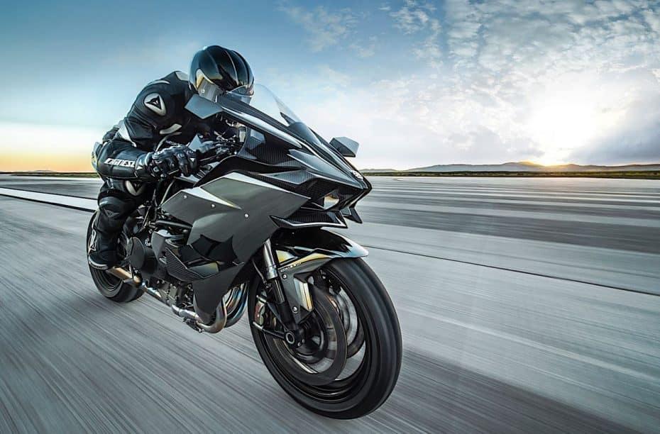 Kawasaki H2R 2018: Vuelve la bestia de los 400 km/h…