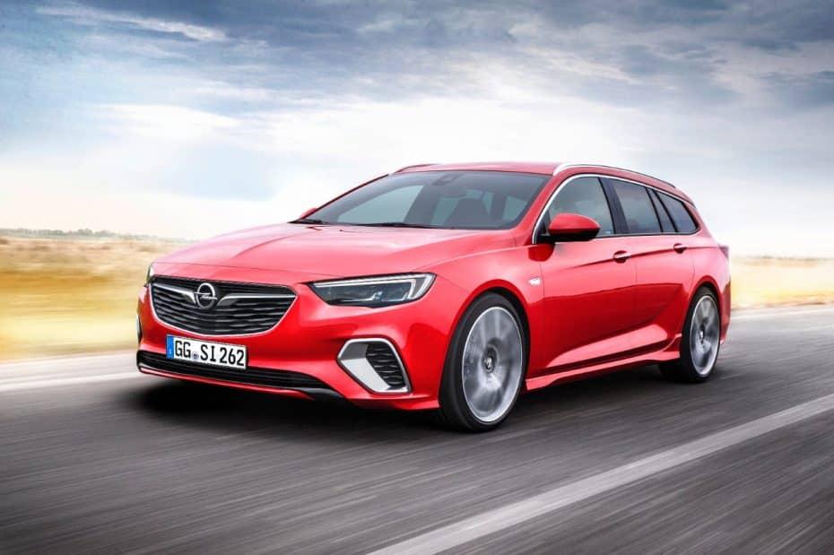 El Opel Insignia GSI, también con carrocería Sports Tourer