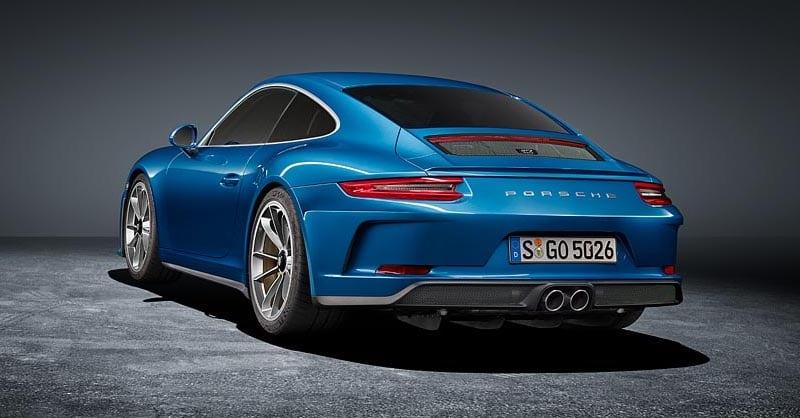 ¡Oficial! Así es el nuevo Porsche 911 GT3 Touring Package: Toda una bestia de lo más discreta
