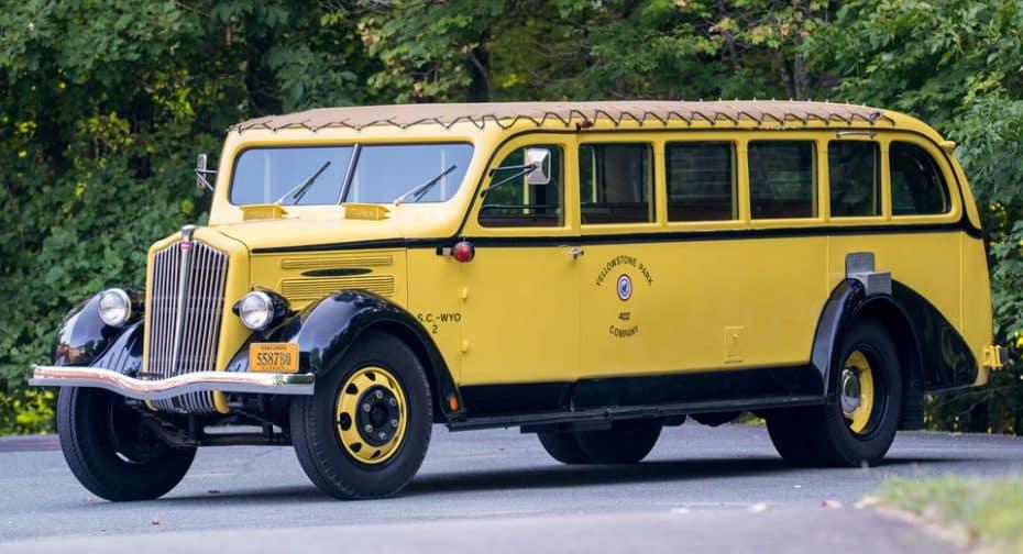 ¿Necesitas un vehículo espacioso y grande? Ojo a este autobús clásico de 1937 a subasta