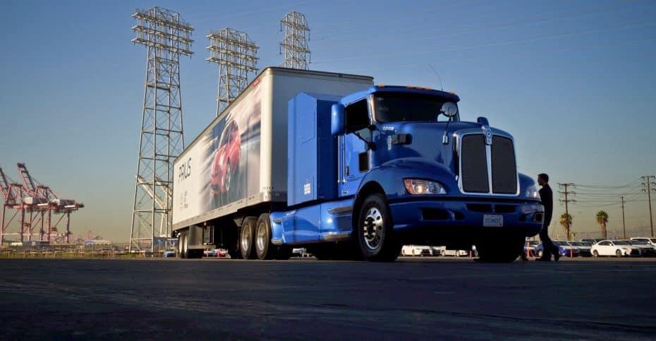 Toyota quiere darle la patada al diésel también en los camiones: Hoy comienzan las pruebas reales…