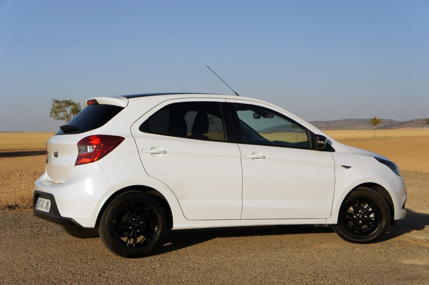 "Prueba Ford Ka+ 1.1 Ti-VCT 85 CV ""White&Black"": Agradable sorpresa"