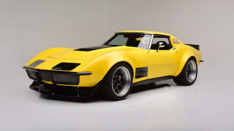 Este Corvette de 1973 es un coche de competición construido en 48 horas ¡Y ahora se subasta!