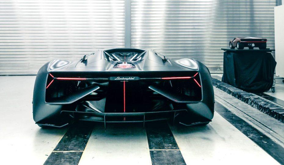 Lamborghini quiere que su fibra de carbono se repare sola y acumule energía