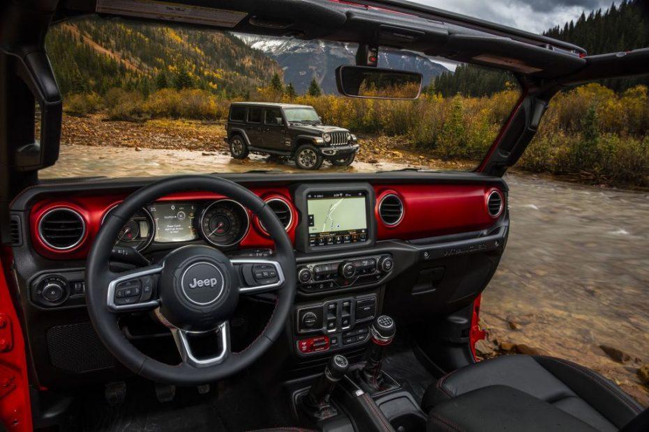 Así es el interior del nuevo Jeep Wrangler: Más sofisticado sin perder la esencia