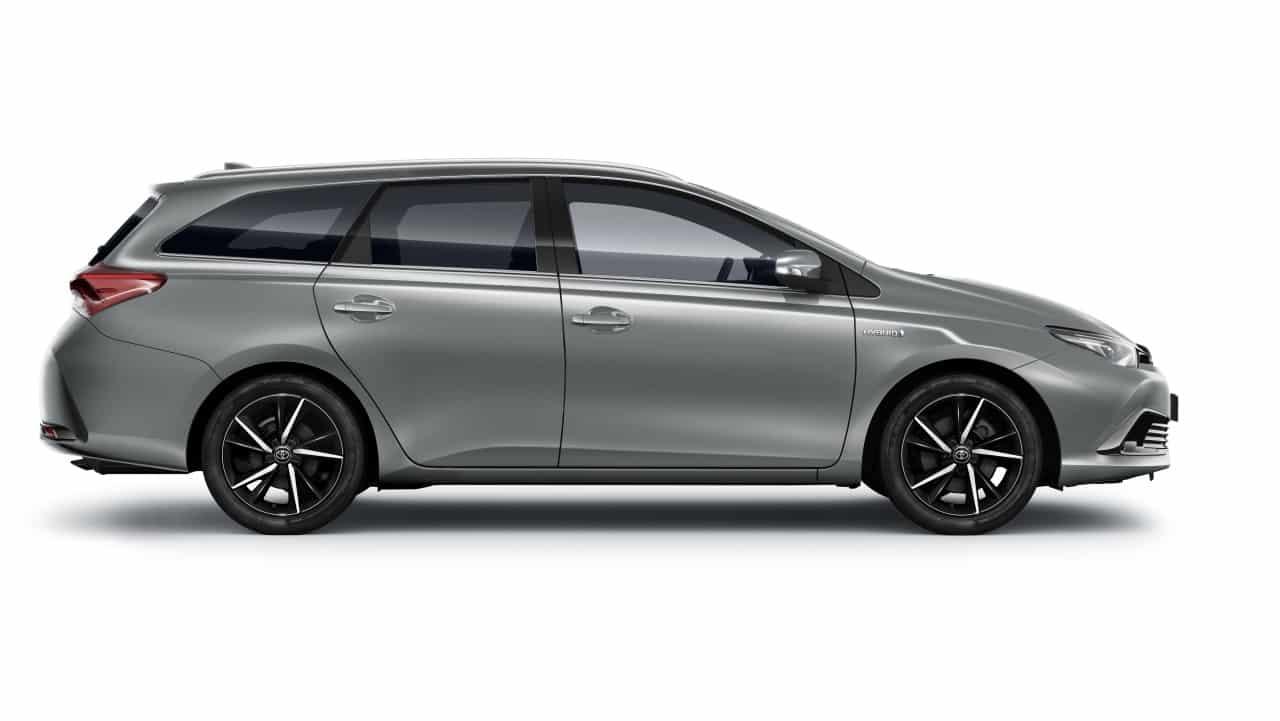 Toyota Lanza La Gama 2018 Del Auris Con Mejoras En La Dotacion