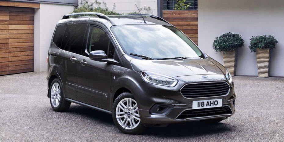 El Ford Tourneo Courier se pone al día: Con un interior muy mejorado