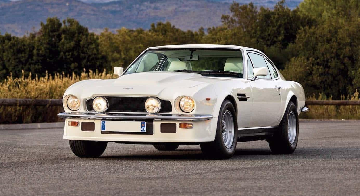 Este rarísimo Aston Martin V8 Vantage 'Oscar India' saldrá a subasta ¡Solo hay 41 unidades en el mundo!