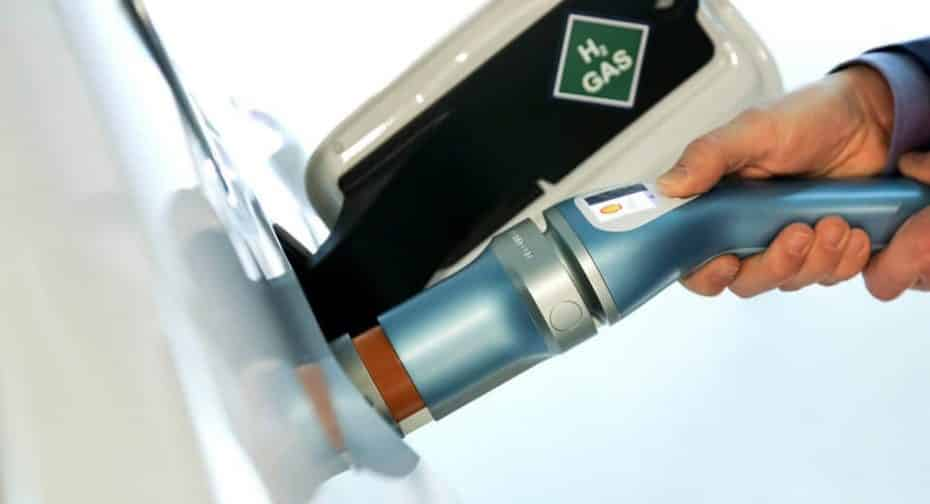 En Japón confían en el hidrógeno: Honda, Toyota, Nissan y otras 8 empresas crearán una red de cargadores