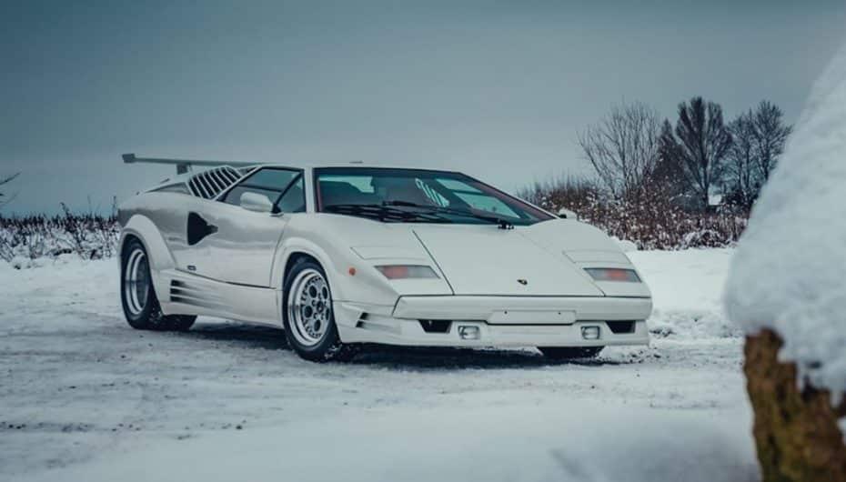 Este Lamborghini Countach 25 Aniversario esta a la venta ¡Y es una ganga!