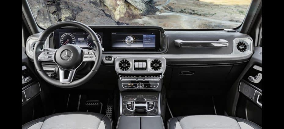 ¡Oficial! Así es el interior del nuevo Mercedes-Benz Clase G: ¿Necesita un icono tanta tecnología?