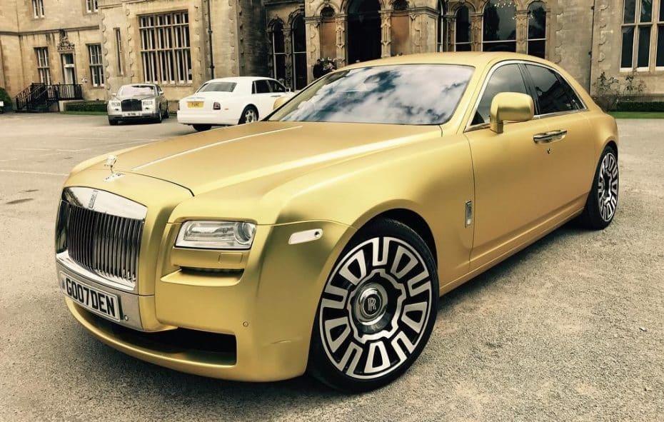 ¿Comprar un Rolls-Royce con bitcoins? Ya puedes hacerlo y este Ghost será tuyo por 16 bitcoins