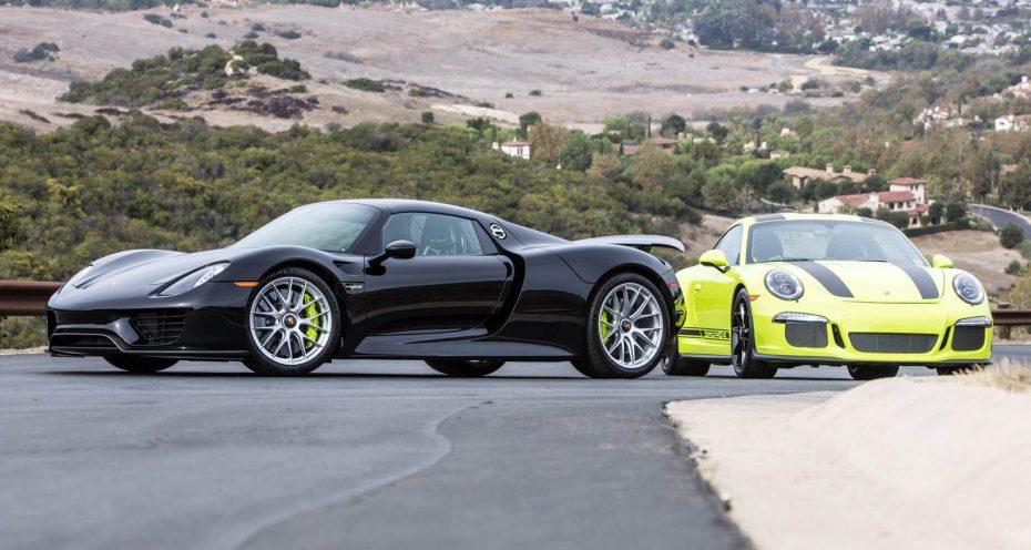 ¿Buscas los dos deportivos más radicales de Porsche? En esta subasta tienes un 911 R y 918 Spyder a juego