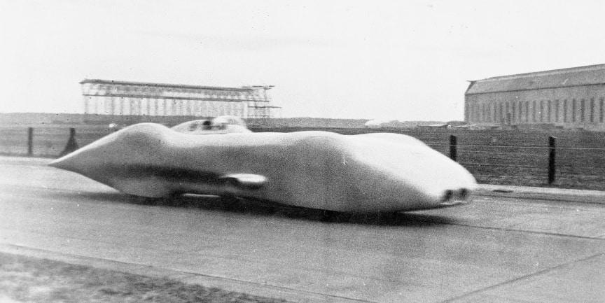 ¡Un récord de leyenda! Hoy se cumplen 80 años desde que el mítico Mercedes W125 alcanzara los 432.7 km/h