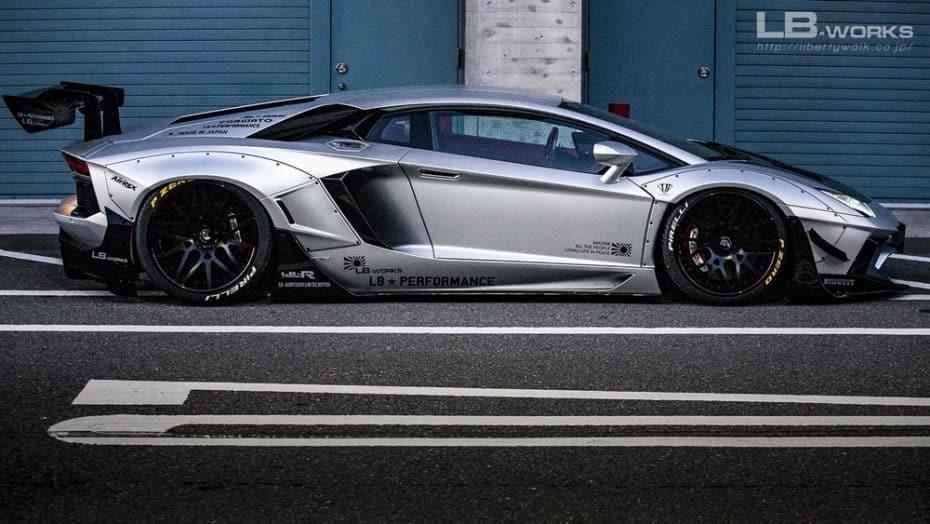 Liberty Walk vuelve a la carga con el Lamborghini Aventador y el lavado de cara no te saldrá barato…
