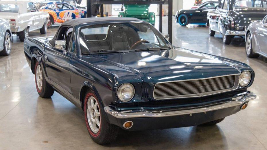 ¿Destrozo o acierto? Este Mustang clásico es, en realidad…. ¡Un Mazda MX-5 de 1997!