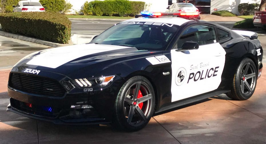 ¡Quién fuera policía!: Ojo al Saleen Mustang S302 Black Label de 730 CV del Cuerpo de Seal Beach