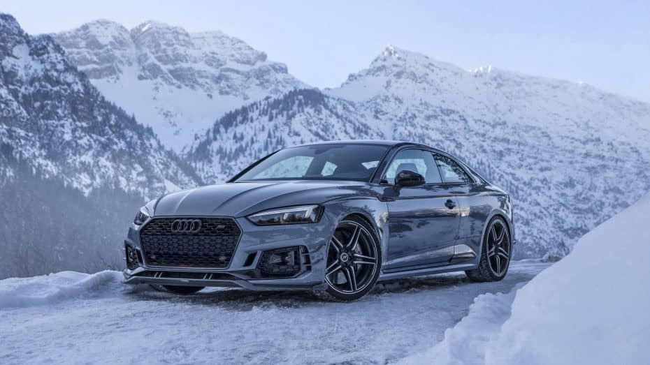 El brutal Audi RS5-R de ABT y sus 530 CV nos deleitan con un paseo por los Alpes austriacos