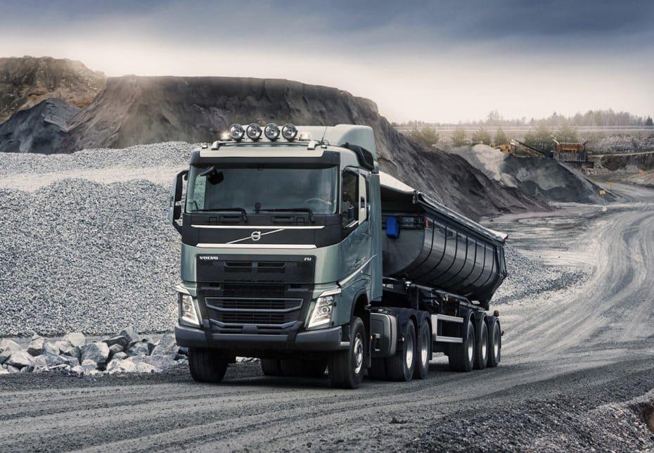 La UE endurecerá las medidas contra los camiones para reducir sus emisiones hasta un 30%