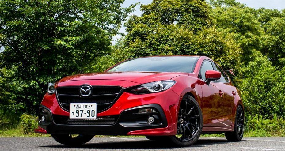 ¿Te parece aburrido el Mazda 3? Knights Sports se ha atrevido con un kit al estilo japonés