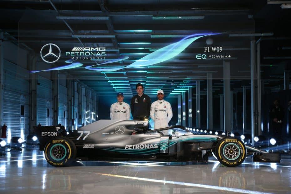 Así es el nuevo Mercedes F1 W09: La nueva máquina de Lewis Hamilton al descubierto