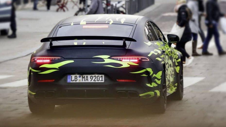 ¡Ojo a ese alerón! El Mercedes-AMG GT de cuatro puertas sigue desnudándose antes de su debut en Ginebra