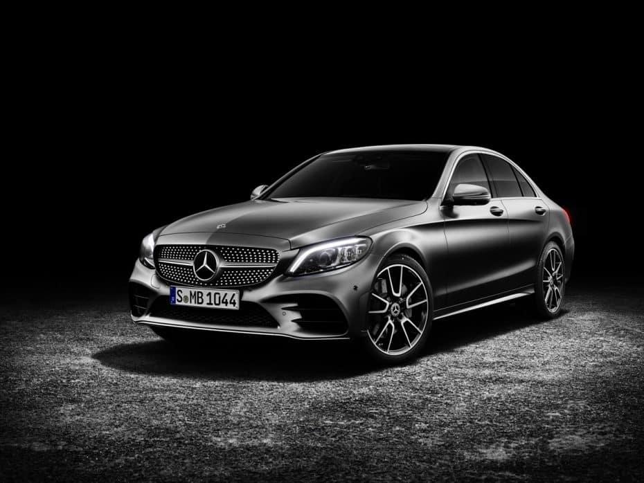 ¿Ha 'trucado' Mercedes-Benz sus emisiones? Podría enfrentarse a una multa de 3.750 millones de euros