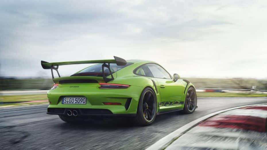El Corvette ZR1 y el Porsche 911 GT3 vuelven a Nürburgring, y uno de ellos con un tiempo de récord…