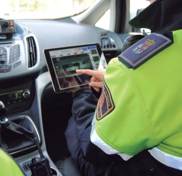 ¿Cuánto tarda en llegar una multa? Plazos de las notificaciones de Tráfico