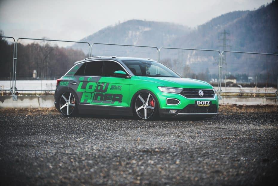 El Volkswagen T-Roc de LowRider deja de ser un SUV compacto para convertirse en un hatchback