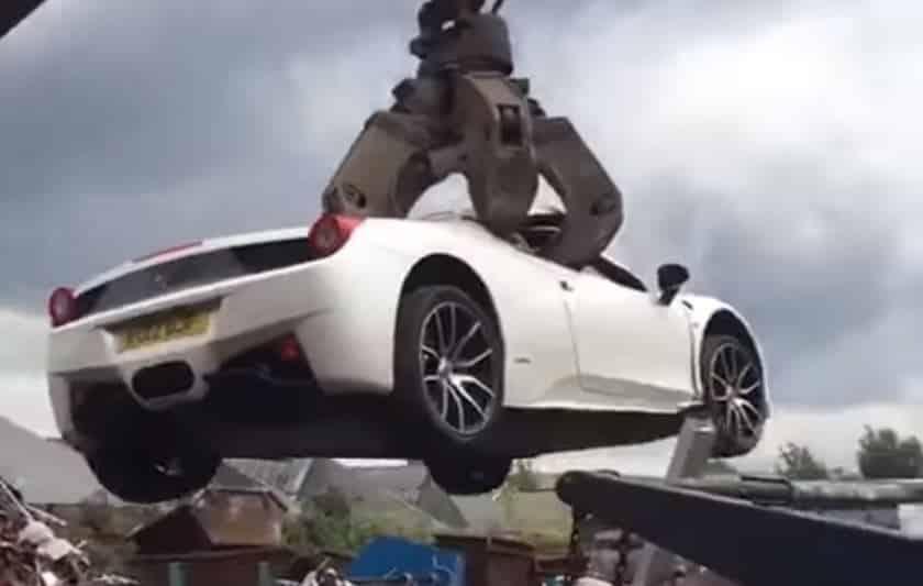 ¡Dolor! Este Ferrari 458 Spider confiscado acabó hecho pedazos tras una historia muy turbia…