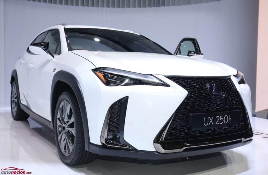 ¡Directo! El Lexus UX250h gana enteros en persona y apuesta por un diseño radical en su segmento