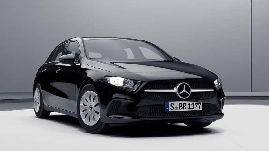 Mercedes-Benz nos muestra tres nuevas caras del Clase A: Entre ellas el más básico y el AMG Line