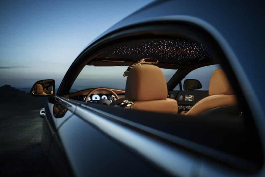 Rolls-Royce Wraith Luminary Collection: el pináculo del lujo artesanal tiene incluso estrellas fugaces