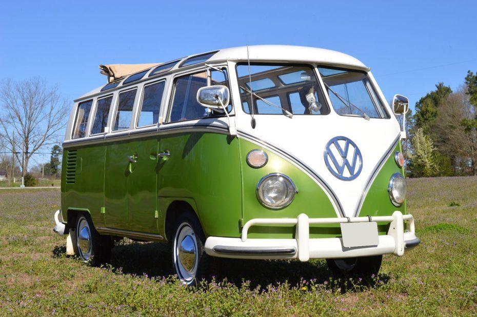 A subasta el Volkswagen Samba de 'Aquellos maravillosos 70': Y su precio puede ser de récord…