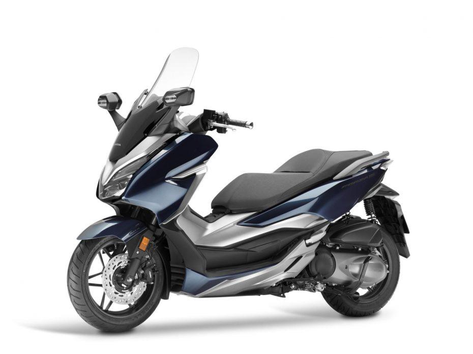 Así es la nueva Honda Forza 300: El scooter que le hacía falta