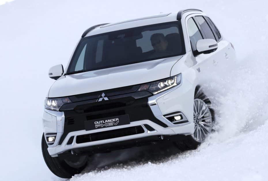 Así es el renovado Mitsubishi Outlander PHEV: Más autonomía y prestaciones