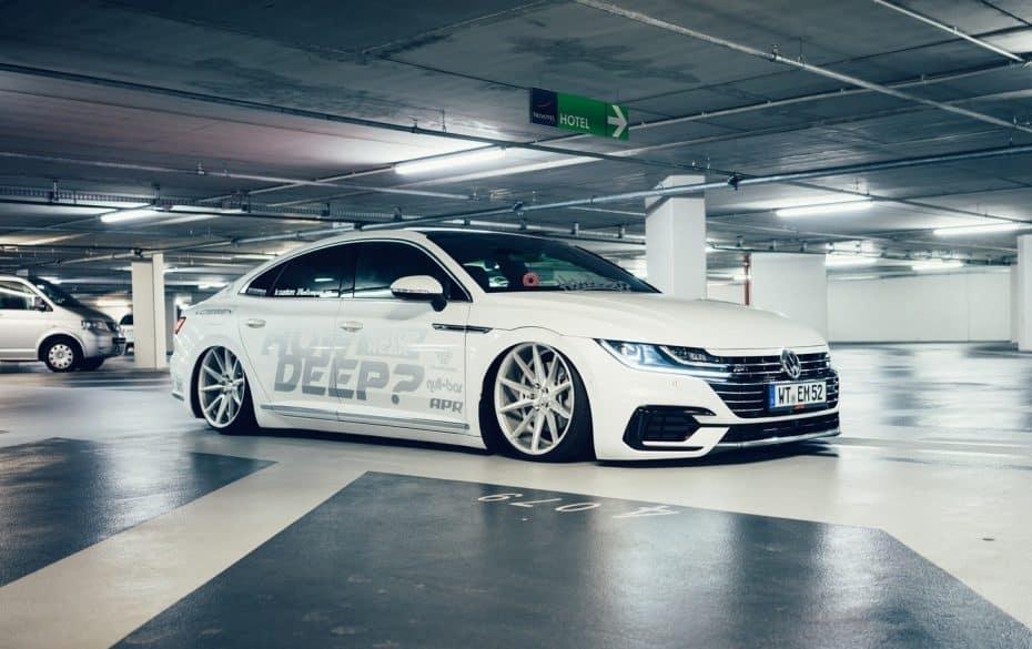 El Volkswagen Arteon de How Deep? es de todo menos discreto, y calza llantas Vossen