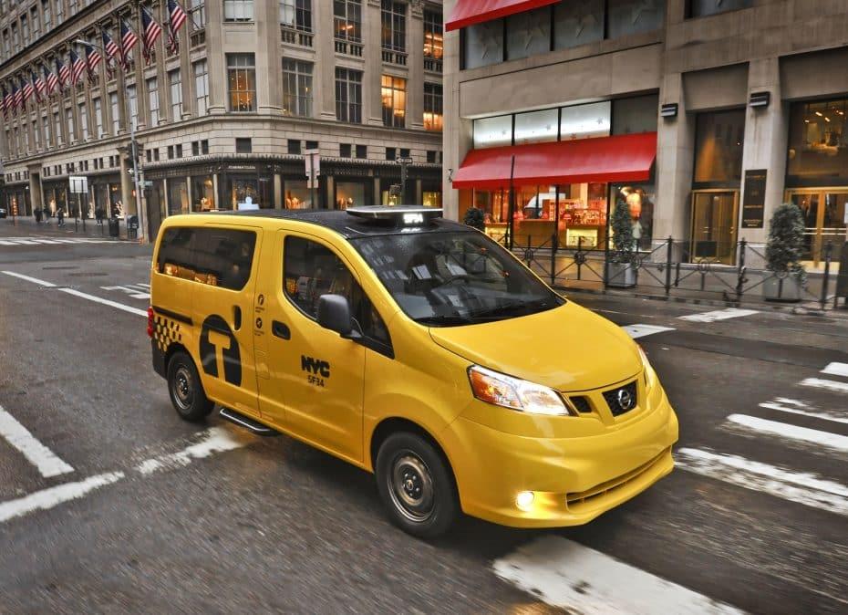 ¿Por qué son amarillos (y verdes) los taxis de Nueva York? ¿De qué marca son?