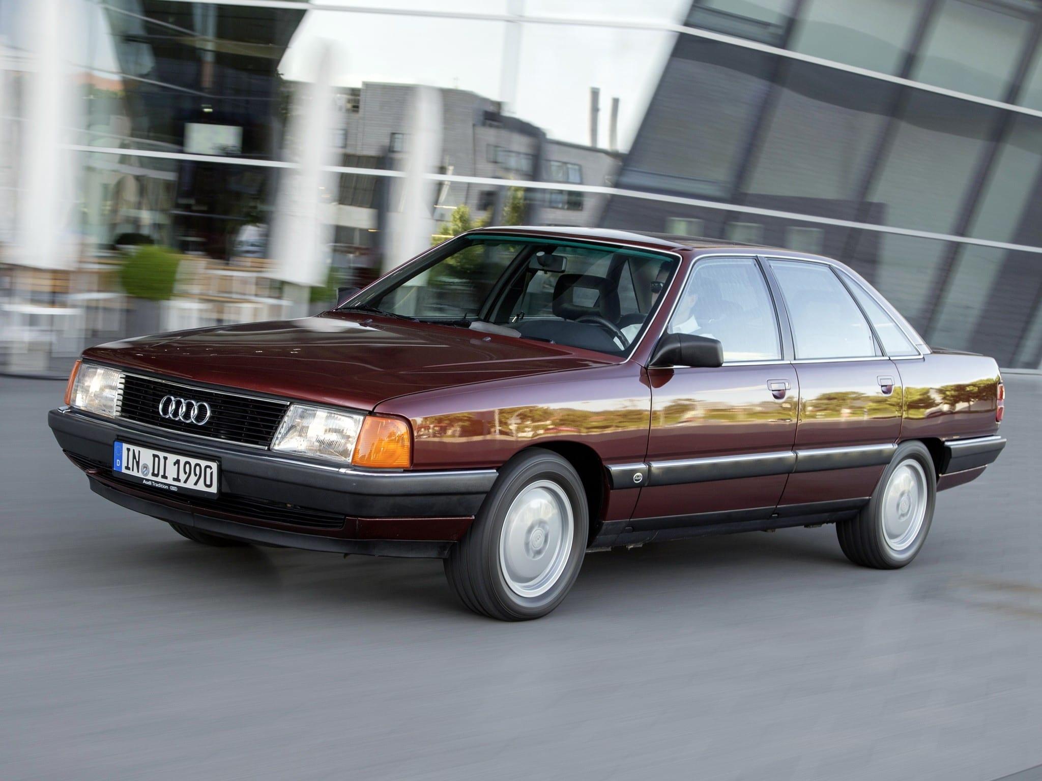 Audi-100.jpeg