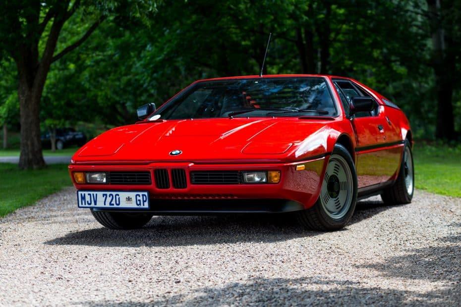 El BMW M1 cumple 40 primaveras: Un deportivo con motor central que superó todas las expectativas