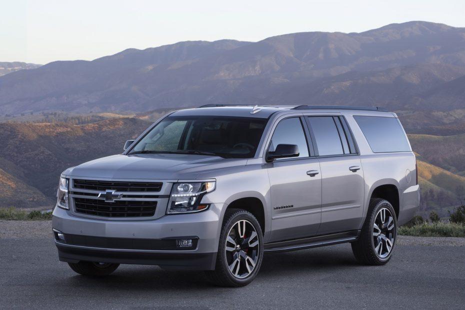 Chevrolet Suburban RST Performance Package: Estética deportiva y un V8 de 420 CV para el mastodonte