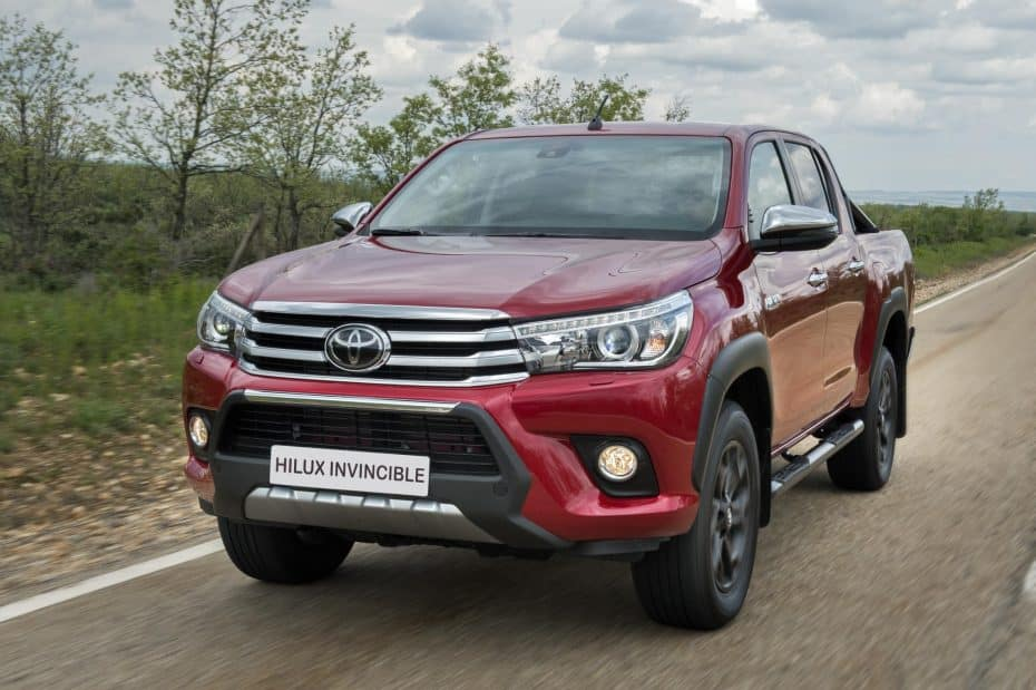 "Ya disponible el Toyota Hilux ""Invincible"" en España"
