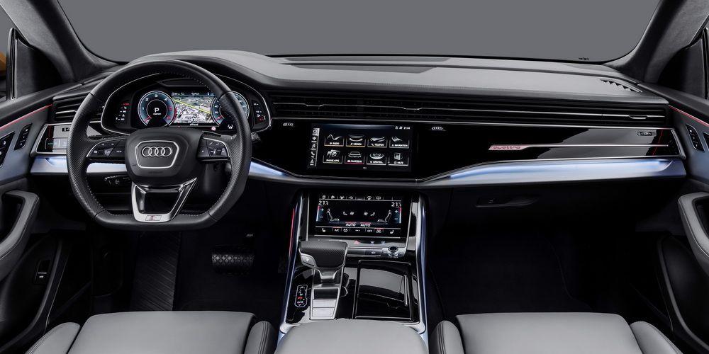 Audi-Q8.jpg