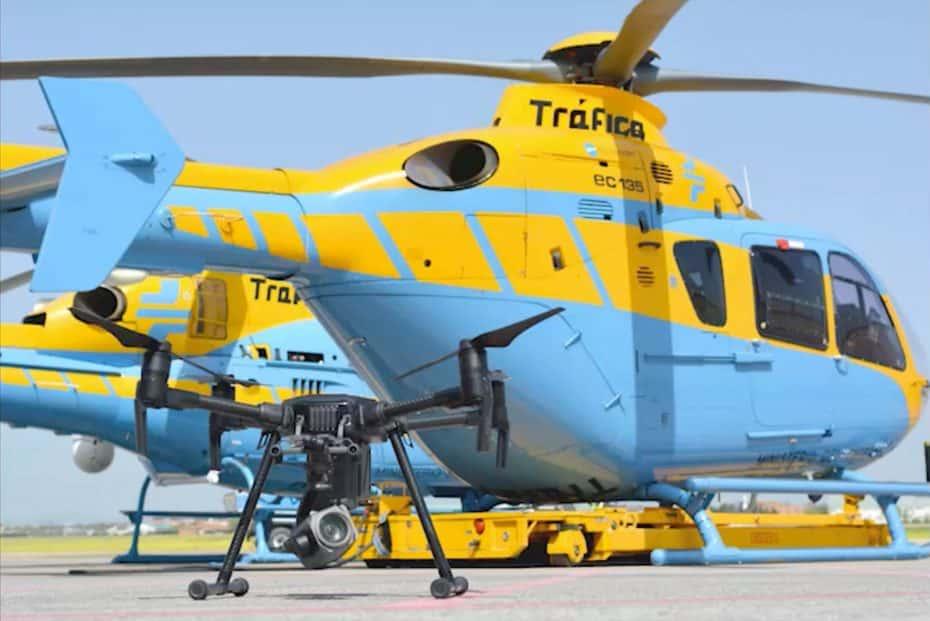 El dispositivo especial de verano de la DGT utilizará helicópteros y drones para labores de vigilancia
