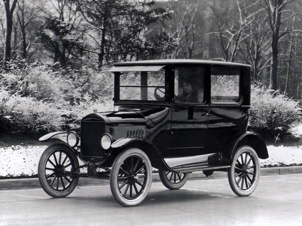 Karl Benz inventó el coche de combustión interna