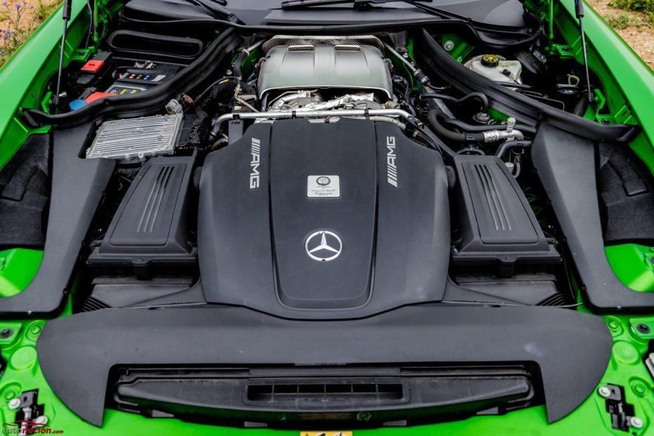 """¿Cómo es un motor """"Hot Inside V""""? Todas las claves, ventajas e inconvenientes"""