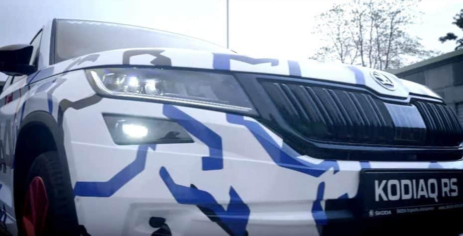 Atento a esto: ŠKODA KODIAQ RS + Sabine Schmitz + Nürburgring