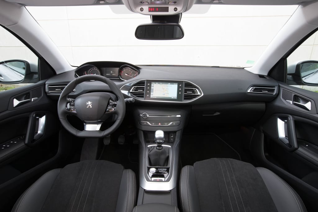 nuevo peugeot 308 tech edition ya disponible. Black Bedroom Furniture Sets. Home Design Ideas