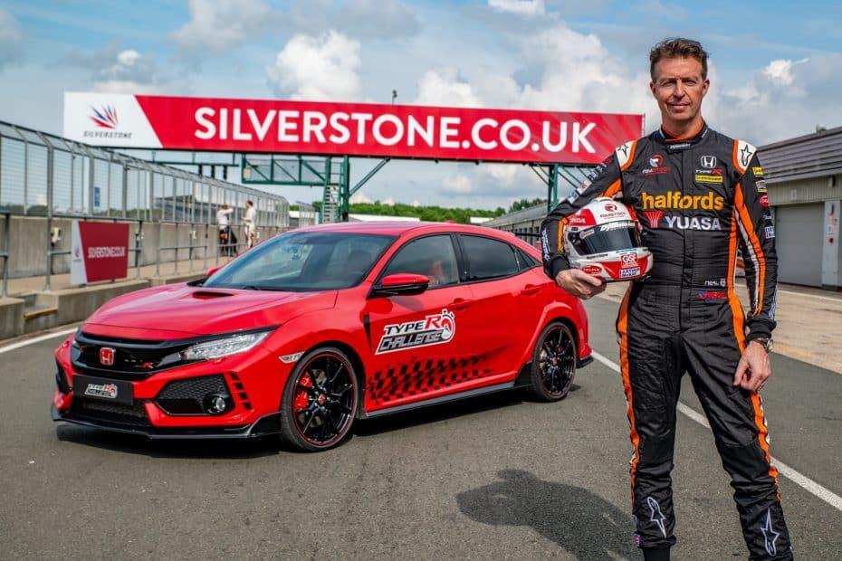 ¡Triplete! Nuevo récord en circuito para el Honda Civic Type R: También ha conquistado Silverstone